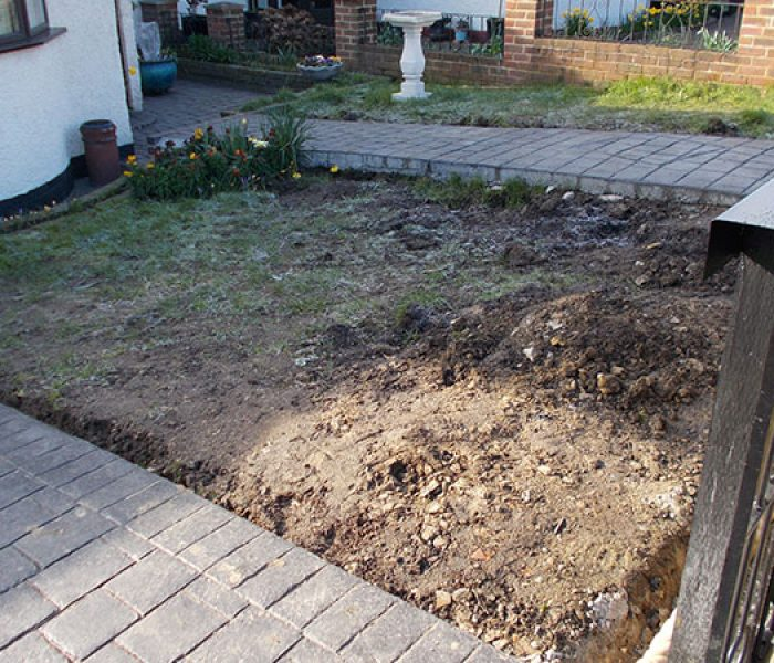 front_garden_lawn_sidcup